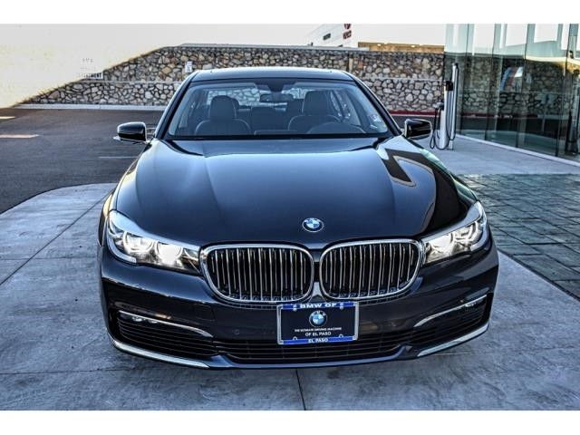Pre-Owned 2018 BMW 7 Series 740i xDrive